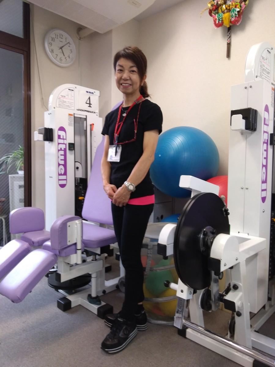 「サルーク 筋トレ倶楽部」代表小宮山さんと施設