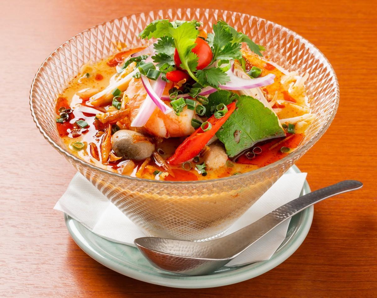 「トムヤムイエン」(トムヤム冷麺)