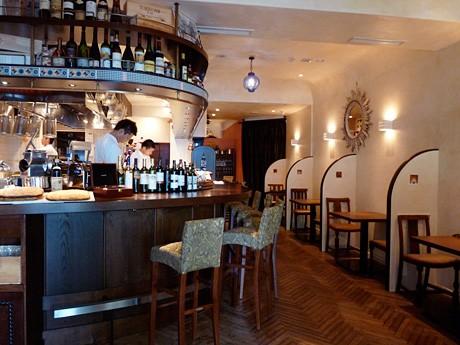 イタリアンレストラン「LA FOGLIETTA」店内の様子