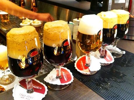 3回で注ぐ「ご馳走ビール」。マイルドな味、喉ごし、泡に凝縮された香りを楽しめる