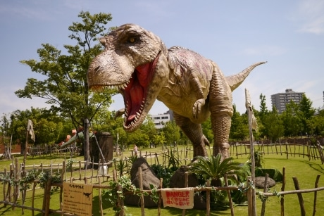 巨大なティラノサウルス