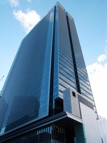 11月11日に竣工するJPタワー名古屋の外観