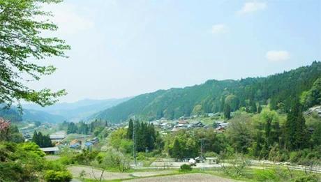 「ほどほどの田舎」と園原さんが語る、恵那の風景