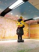 地下鉄名古屋駅南改札前にデジタルサイネージ広告など ハッチーも登場