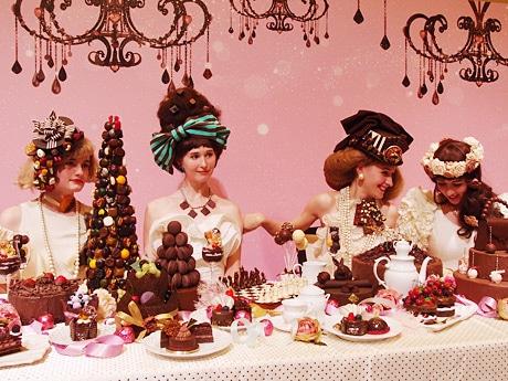 オープニングセレモニーで披露された今年のテーマ「ショコラパーティー」を再現したステージ