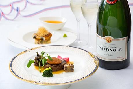 ランス市の名物のシャンパン「テタンジェ」と合わせてフルコースディナーを提供する「美食会」料理の一部