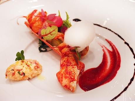 「ジリオン」のクリスマスコンサート付きディナープランの一部、オマールエビを使った魚料理
