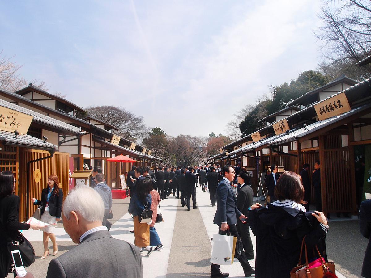3月29日にオープンを控える「金シャチ横丁」。写真は「義直ゾーン」