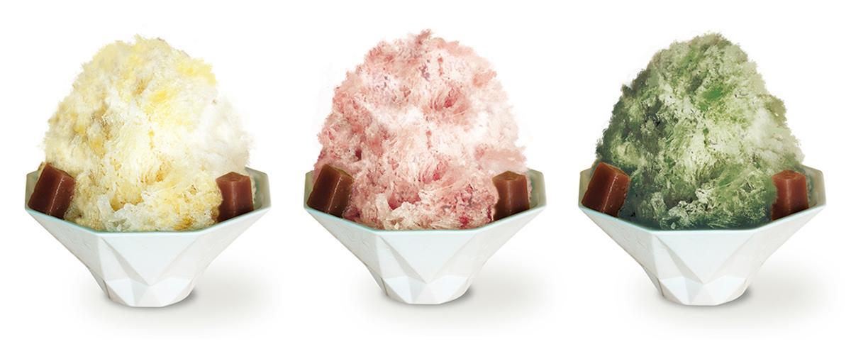夏季限定の「青柳 かき氷」。左から、和三盆ミルク、さくらミルク、濃茶ミルク