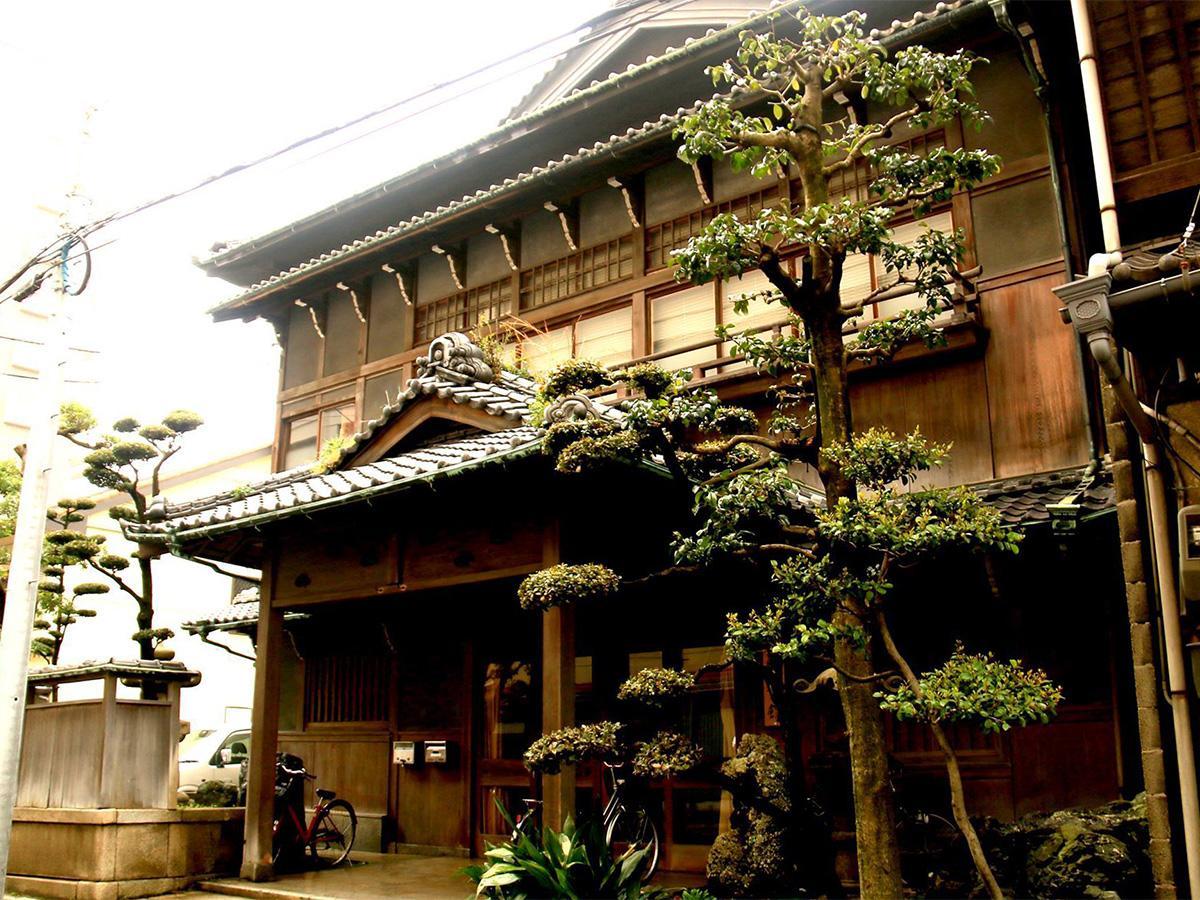 遊郭、料理旅館を経た建物「旧 松岡旅館」外観
