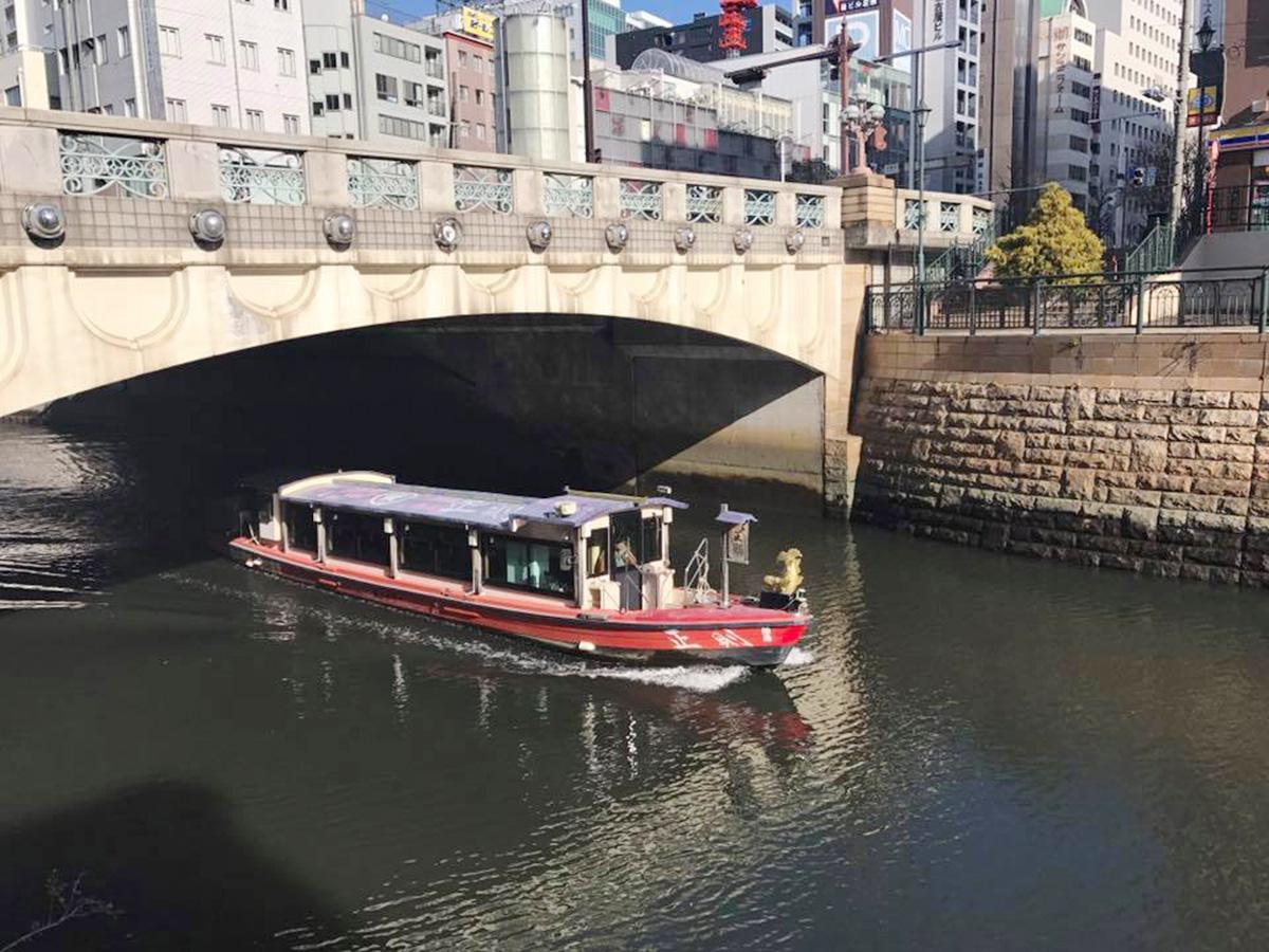 堀川を走る船(イメージ)