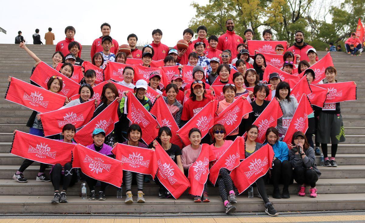 名古屋ダイヤモンドドルフィンズが女性を応援するイベント「ドルフィーナDay」を開催。写真は2月に名城公園ランニングコースで行われた「名城公園ランニングイベント」(C)NAGOYAD
