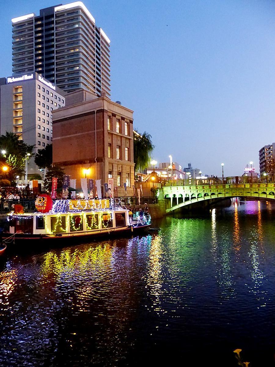「船上カブトビールバー」が登場した「堀川ウォーターマジックフェスティバル」昨年の様子
