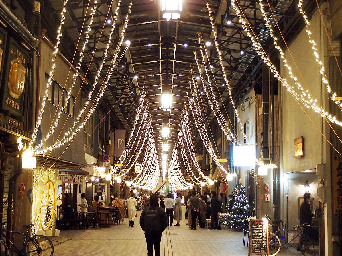 「円頓寺イルミ!」が始まりイルミネーションに明かりが灯る円頓寺商店街