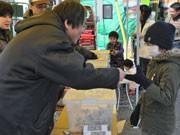 水戸で震災復興屋台村イベント開く-県内の漁港被害に募金活動
