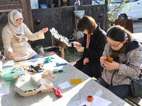 かしゃま文化会館で開かれた刺し子のワークショップ