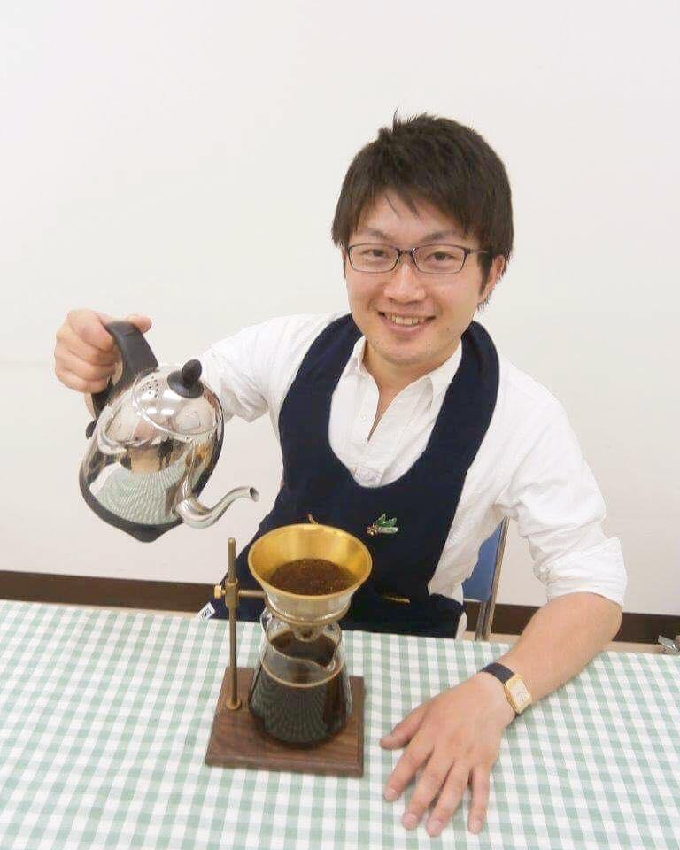コーヒー専門店「Tadaima Coffee」店主の和田昂憲さん