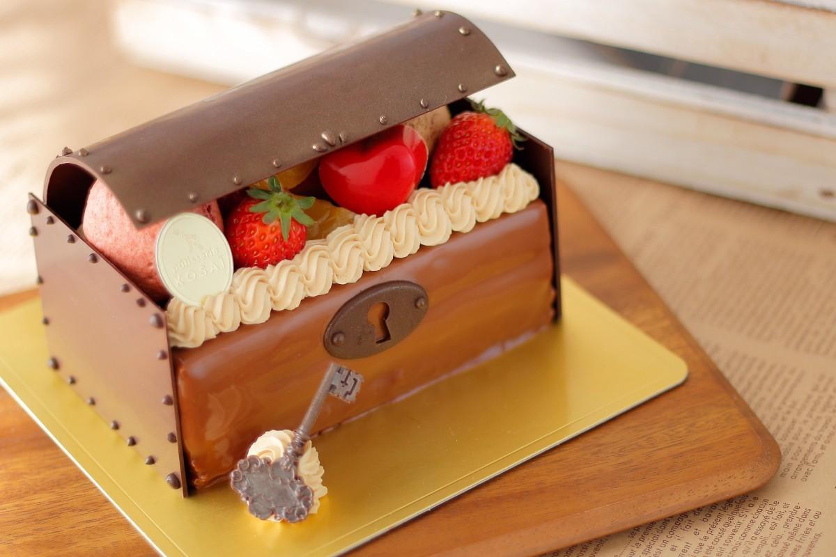 ホワイトデー限定のケーキ「Lecrin(レクラン)」(3,888円)