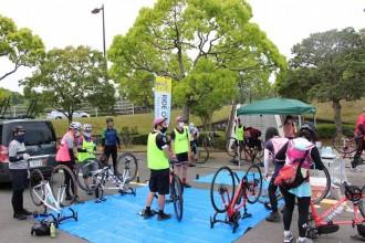 水戸で初心者向け小規模自転車イベント 公道の安全走行やパンク修理学ぶ