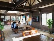 宮崎・日向新富駅の内装がリニューアル コワーキングスペースとしても利用可能に