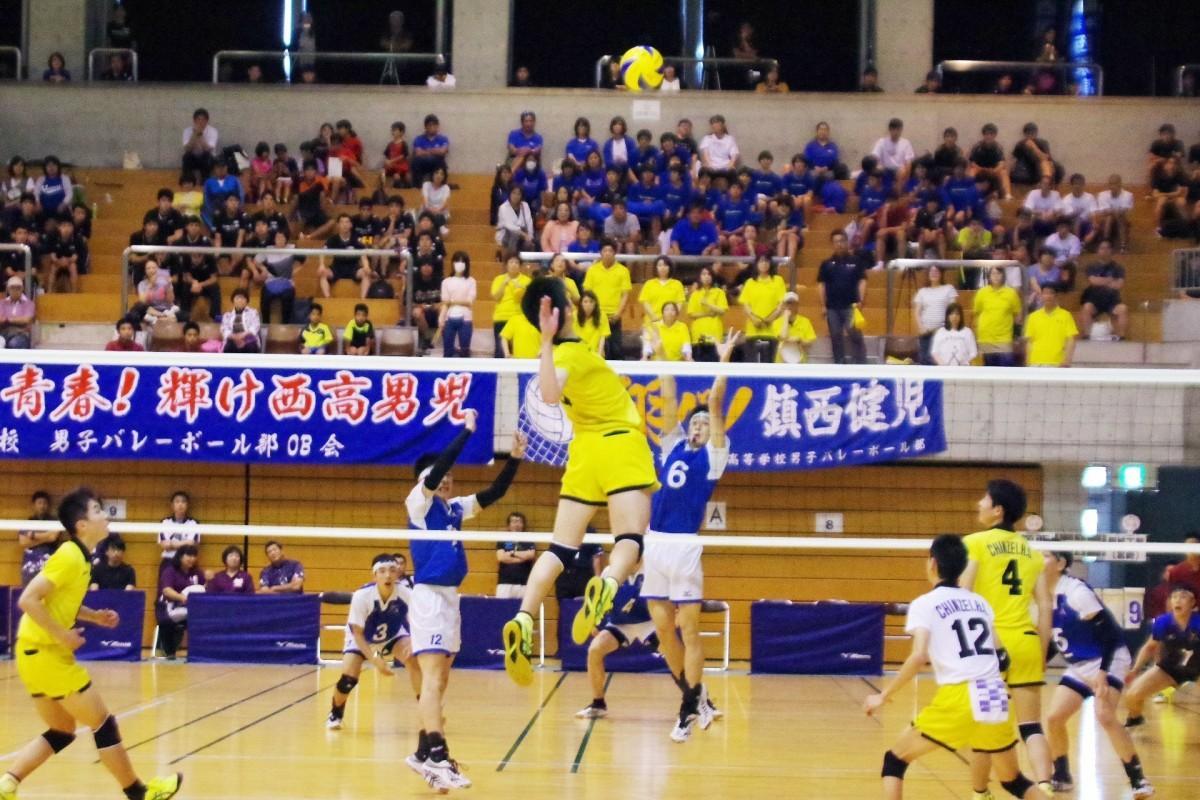 過去の鎮西高校対都城工業高校の試合の様子(提供:九州バレーボール連盟)