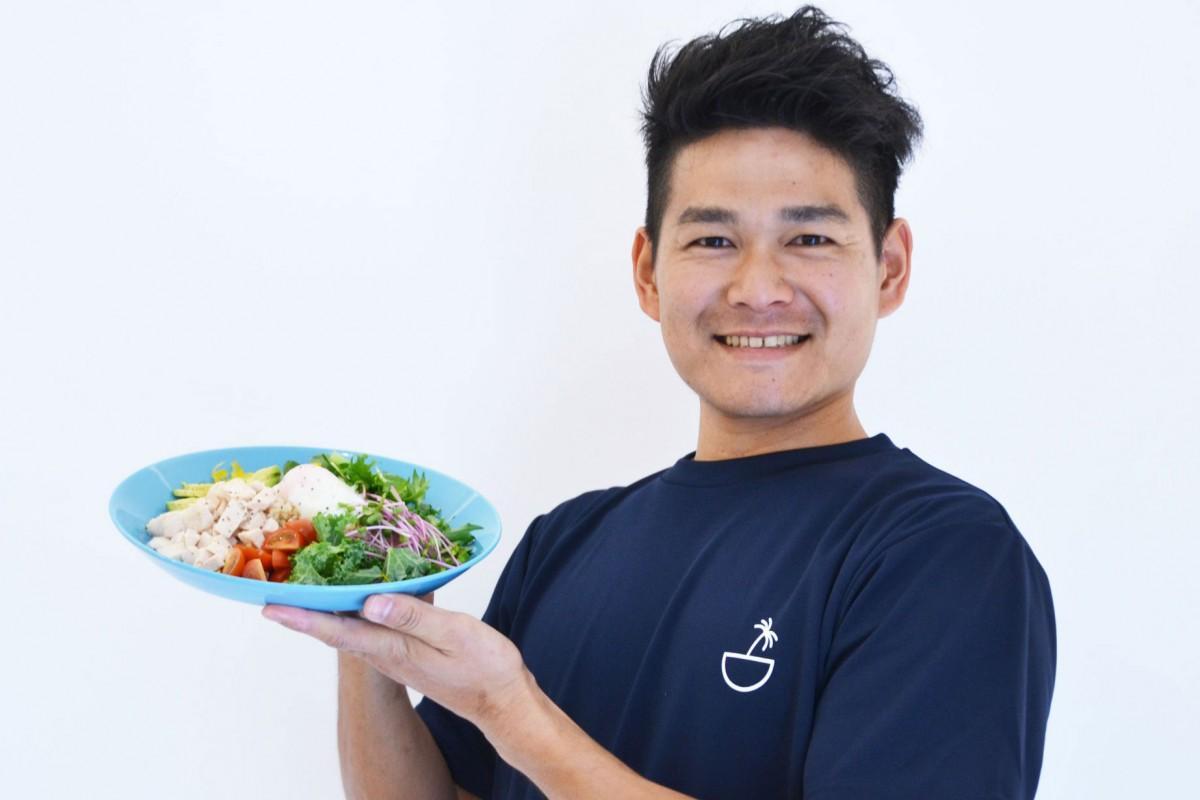 「ダイエットの相談にも答えたい」と話す店主の中森康成さん