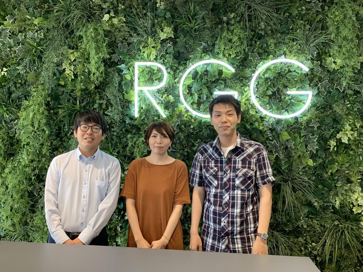 左から同センターのセンター長・清崇俊さん、宮崎で採用された梅北菜留美さん、武藤海人さん