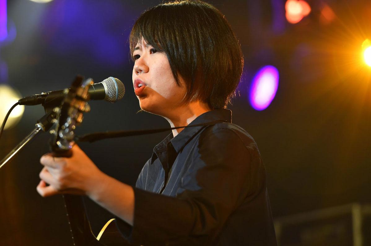 音楽コンテストで演奏する大出水陽香さん(写真提供:島村楽器、Photo by 山下聡一朗)