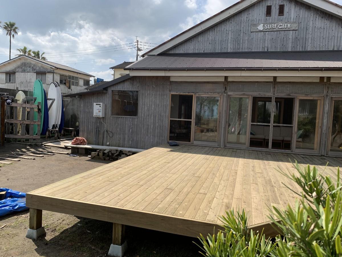 広々と開放的な屋外スタジオ