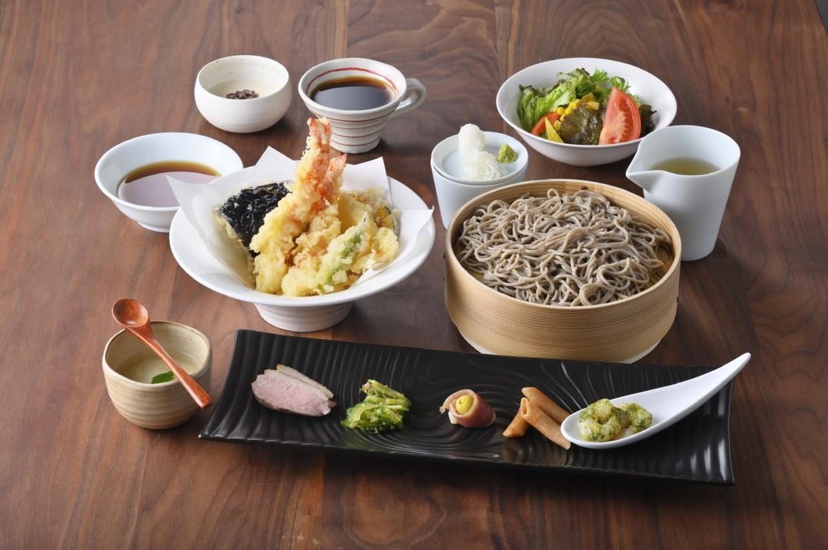 塩だし十割蕎麦御膳「天ぷらとお蕎麦」