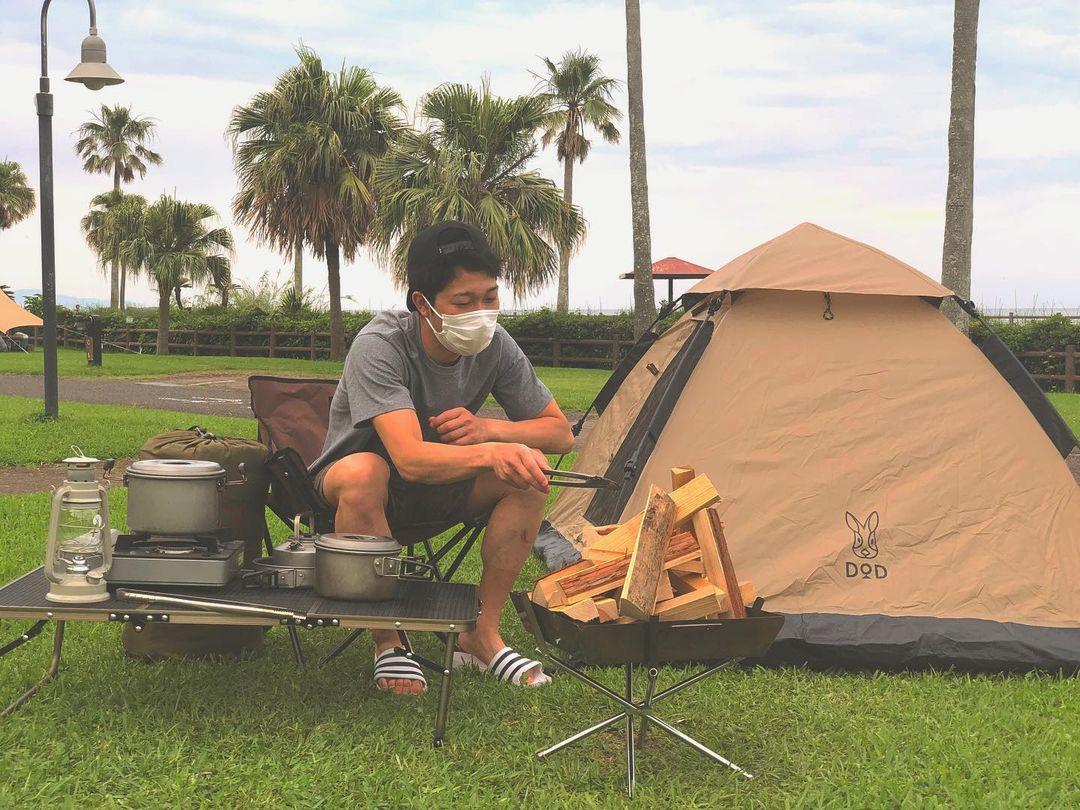 ソロキャンプに必要なアイテムが一通りそろう(写真提供:白浜キャンプ場)