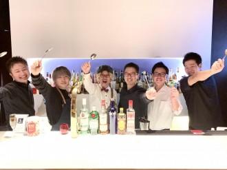 宮崎・ニシタチのバーが共同イベント「Barのカレーを食べちみらんね」