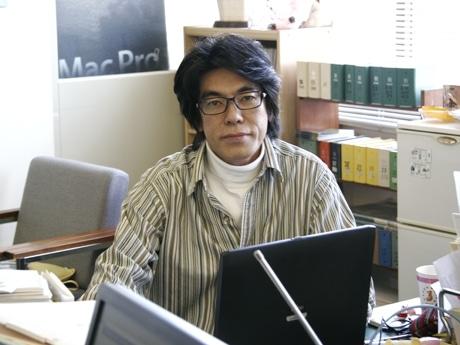 「街もりおか」の新編集長に就任する作家の斎藤純さん