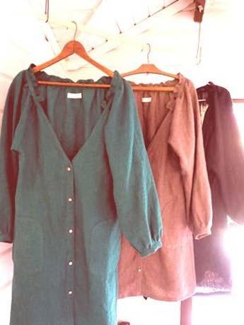 「森のお店」で販売するハンドメードの洋服