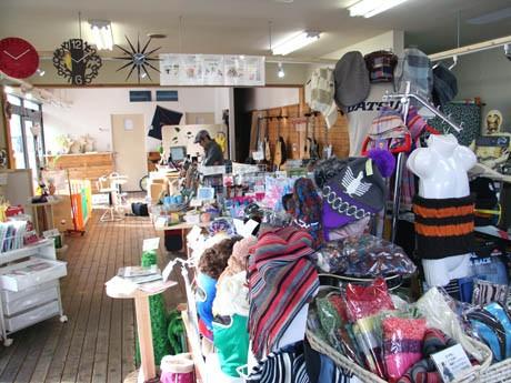 独特の品ぞろえから客に「何の店ですか?」と尋ねられることも多いという