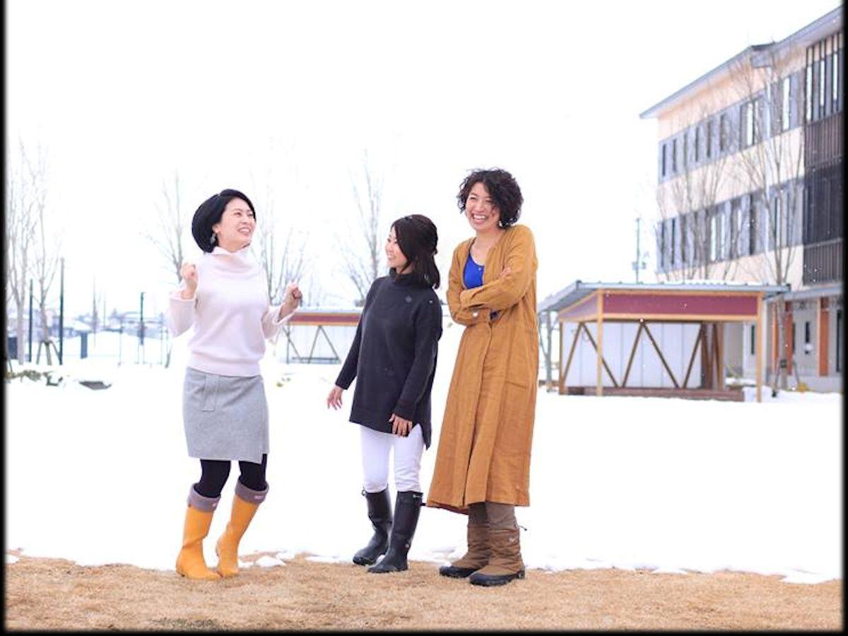 「みはな」メンバーの浅野さん(左)・高橋さん(中央)・阿部さん(右)