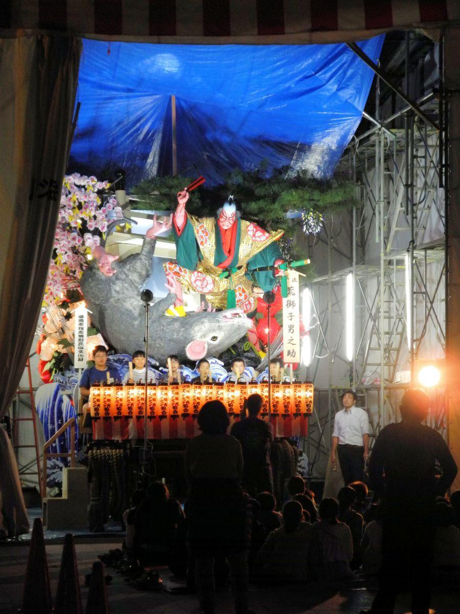 開幕が迫る中、市内ではお囃子の練習が行われている