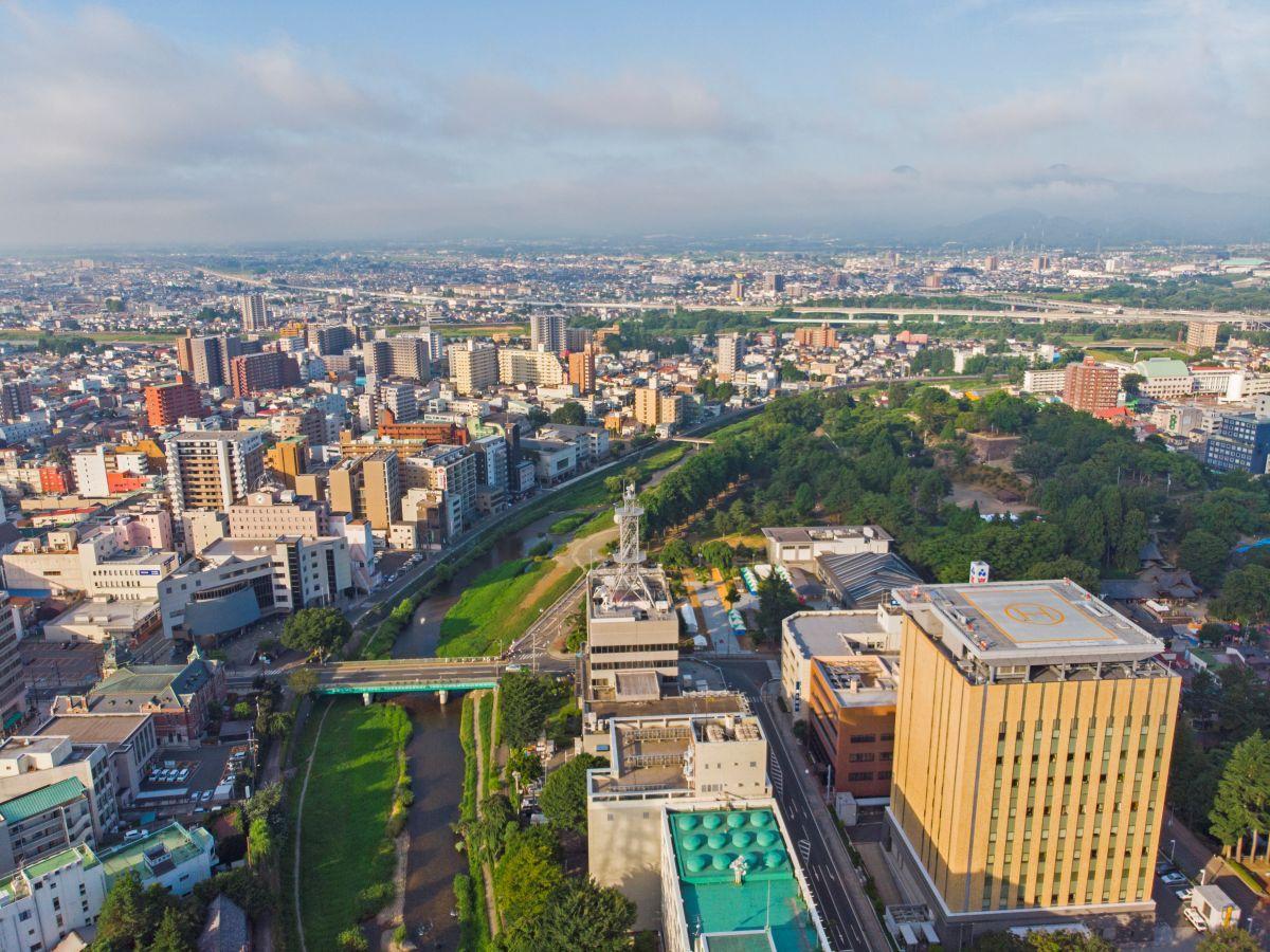 動画に登場する上空から見た盛岡の中心市街地