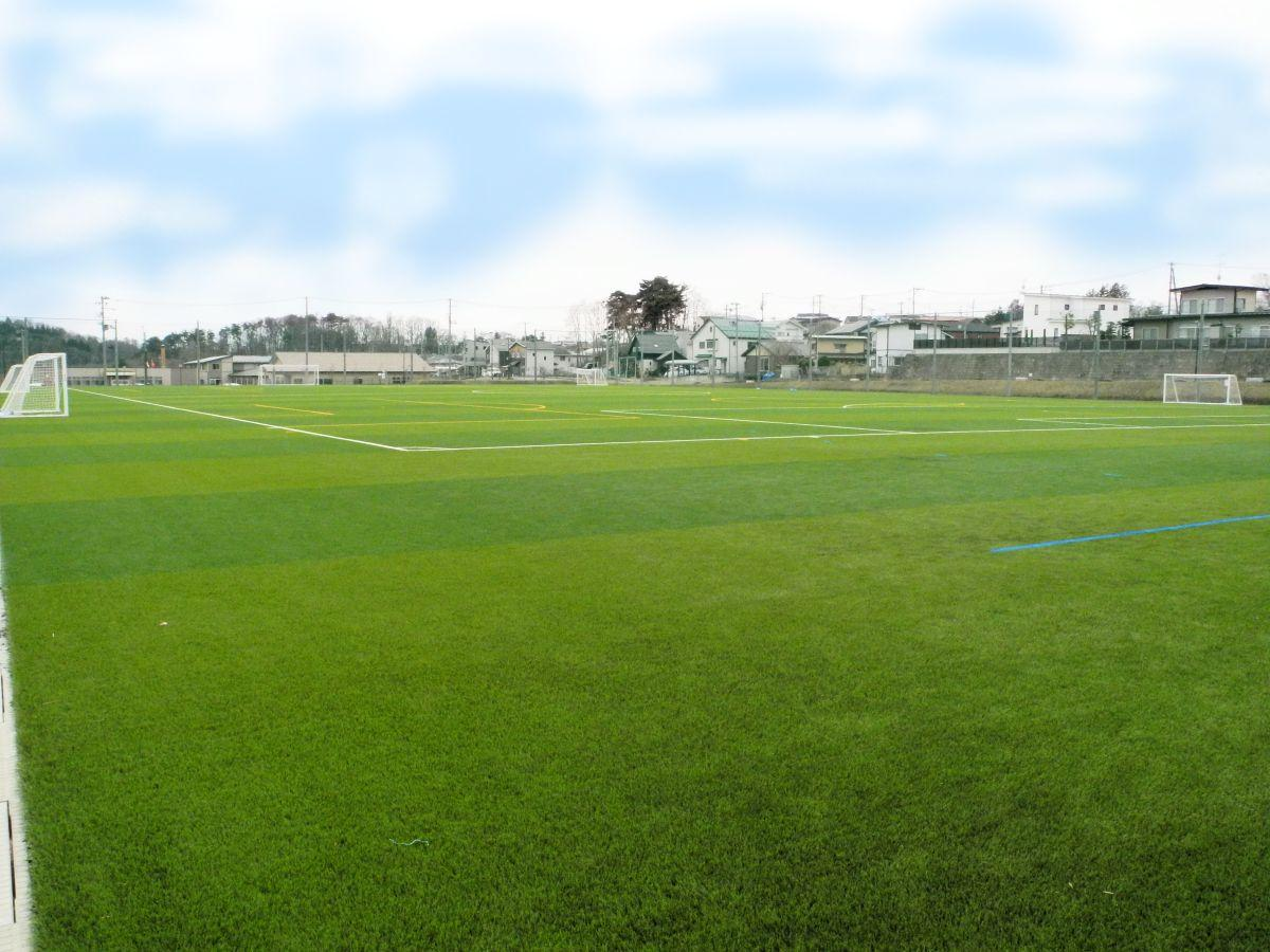 4月1日に開所したばかりの人工芝グラウンド