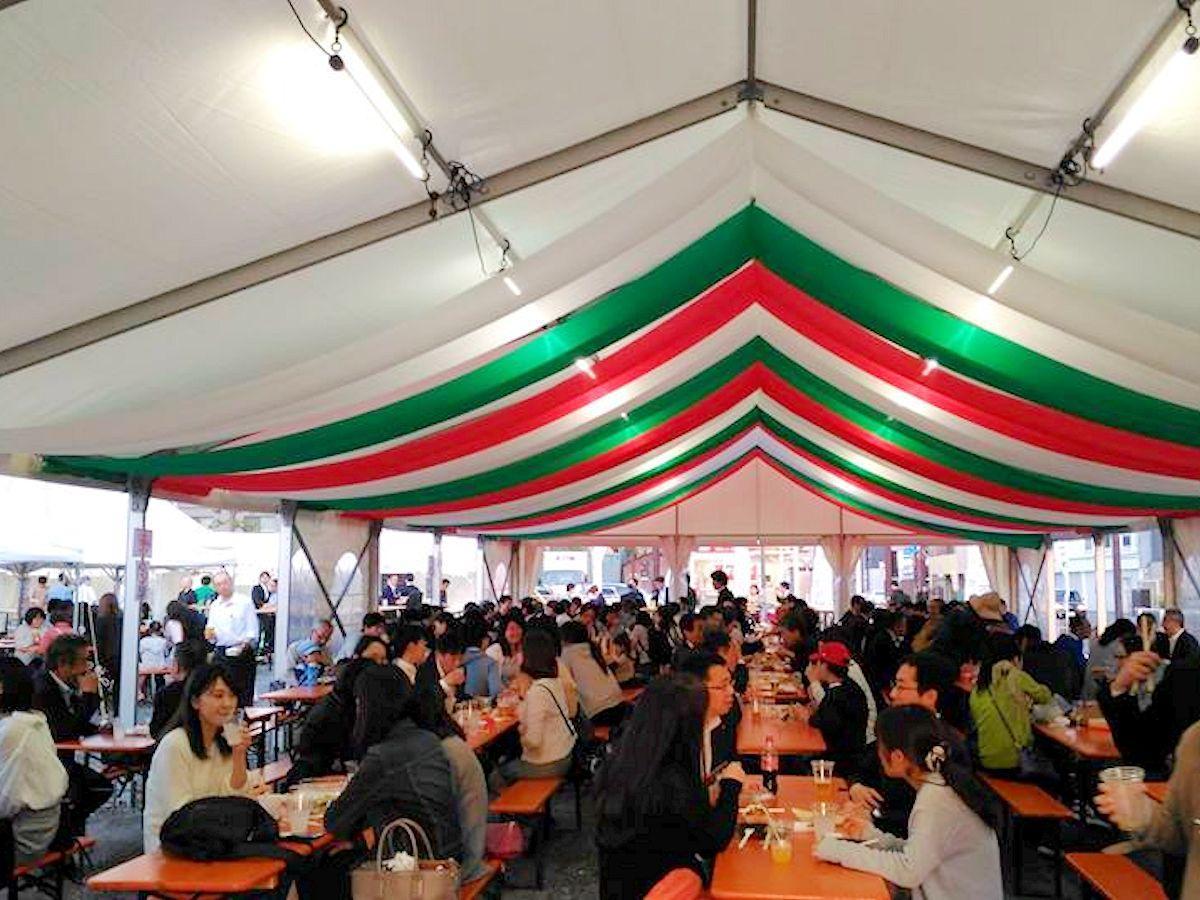 昨年春に行われた「SIDE-B祭り」の様子