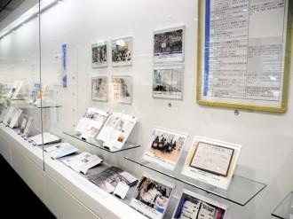 岩手県立図書館で「東日本大震災10年」展 同館の取り組みと震災の記録伝える