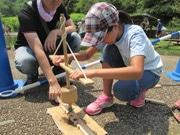 富士山こどもの国で自然学校 月1回、自然や動植物に親しむプログラム