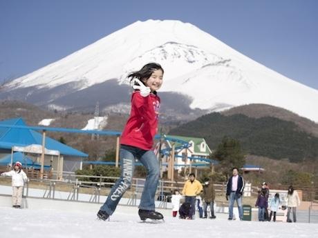 「ぐりんぱ」のスケートリンク