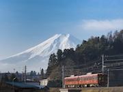 富士急行線がダイヤ改正へ JR線直通列車の特急料金なども設定