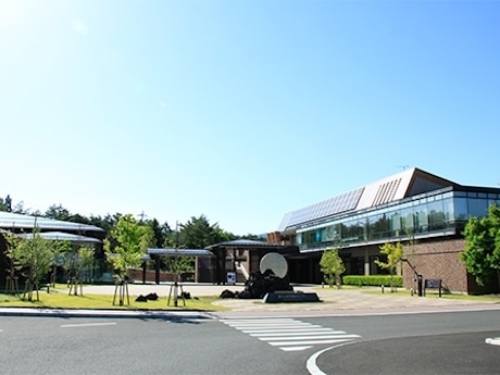「山梨県立富士山世界遺産センター」