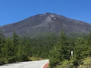 2017年夏季の富士山登山者数、昨年と比べ3.9万人増 環境省が発表