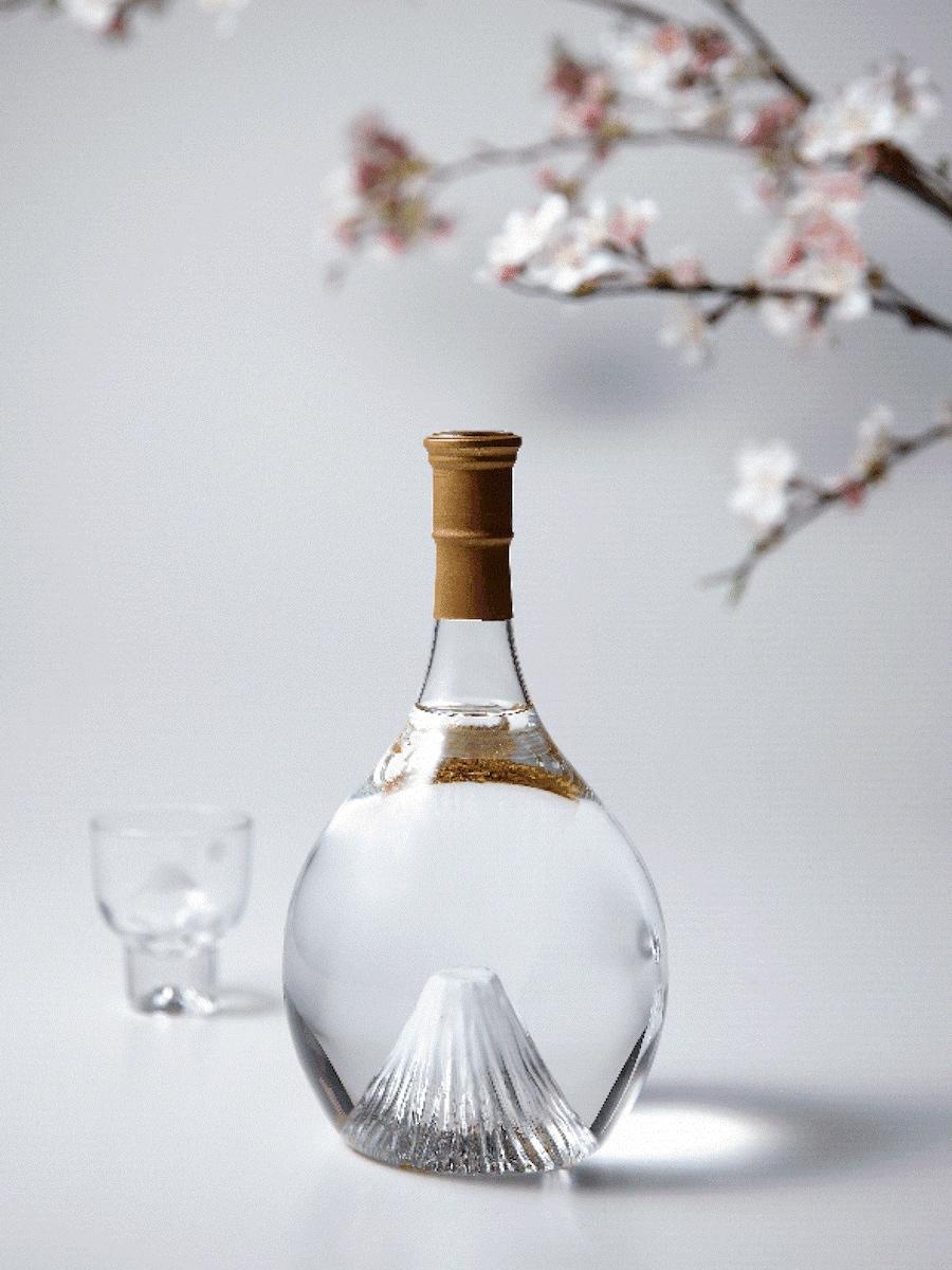 富士山ボトル「飛竜乗雲」