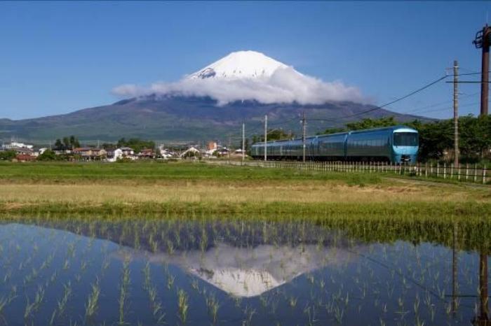 ふじさん(英語名Mt.Fuji)