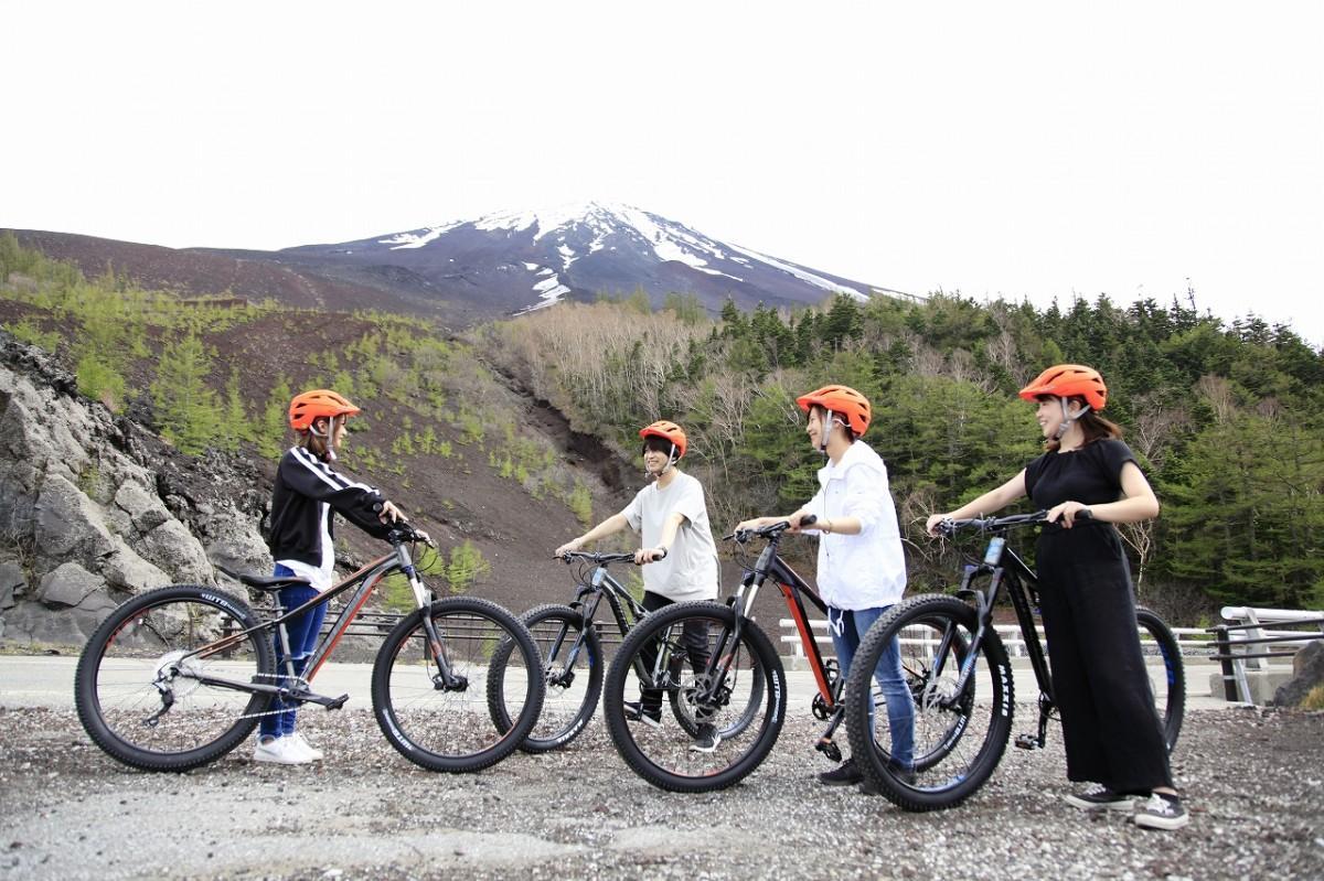 富士山と自転車