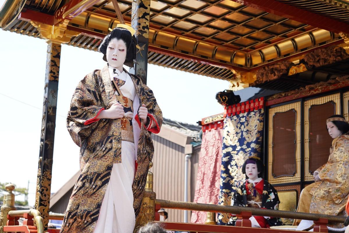 青海山の子ども歌舞伎「伽羅先代萩(めいぼくせんだいはぎ) 御殿の場」